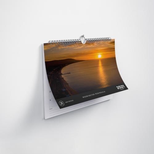 Resized_Horizontal_Calendar_Mockup_2